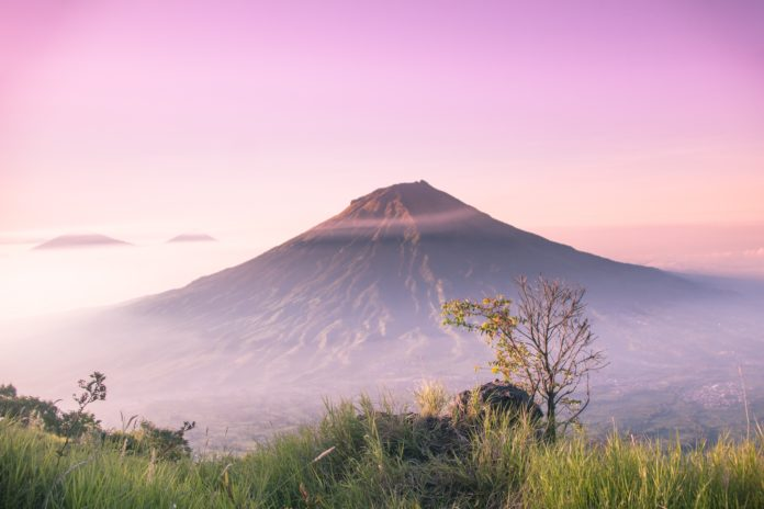 5. Be aware of 22 active volcanoes in Indonesia: Researcher