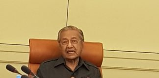 Mahathir to share his healthy tips in book