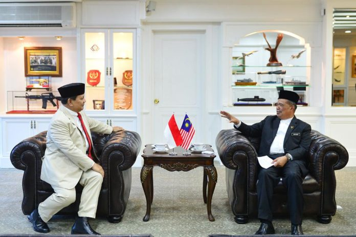 RI's Defense Minister optimistic Indonesia-Malaysia cooperation increased