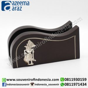 Souvenir Indonesia Box Kartu Nama Lengkung Kayu Wayang Logam Perak Exclusive (Indonesia Wooden Exclusive Souvenir Puppet Name Card Holder)