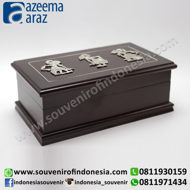 Souvenir Indonesia Box Multifungsi Kayu Wayang Logam L (Indonesia Wooden Exclusive Souvenir Puppet Multipurpose Box L)