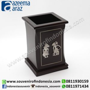 Souvenir Indonesia Pen Box Kayu Wayang Logam Perak Exclusive Kotak (Indonesia Wooden Exclusive Souvenir Rectangle Puppet Pen Box)