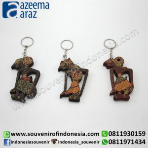 Souvenir Unik Magnet Hewan Batik Kayu (Wooden Batik Indonesia Animal Fridge Magnet)